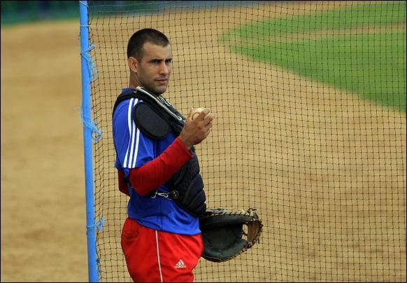 Entrenamiento rumbo al Clásico Mundial de Béisbol.  Yulexis La Rosa. Foto: Ismael Francisco/Cubadebate.
