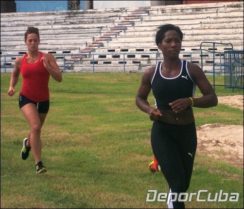 Yarisley Silva en entrenamiento