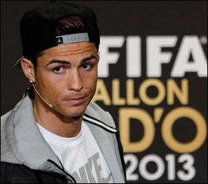Cristiano-Ronaldo-conferencia-Balon-Oro_LNCIMA20140113_0104_27