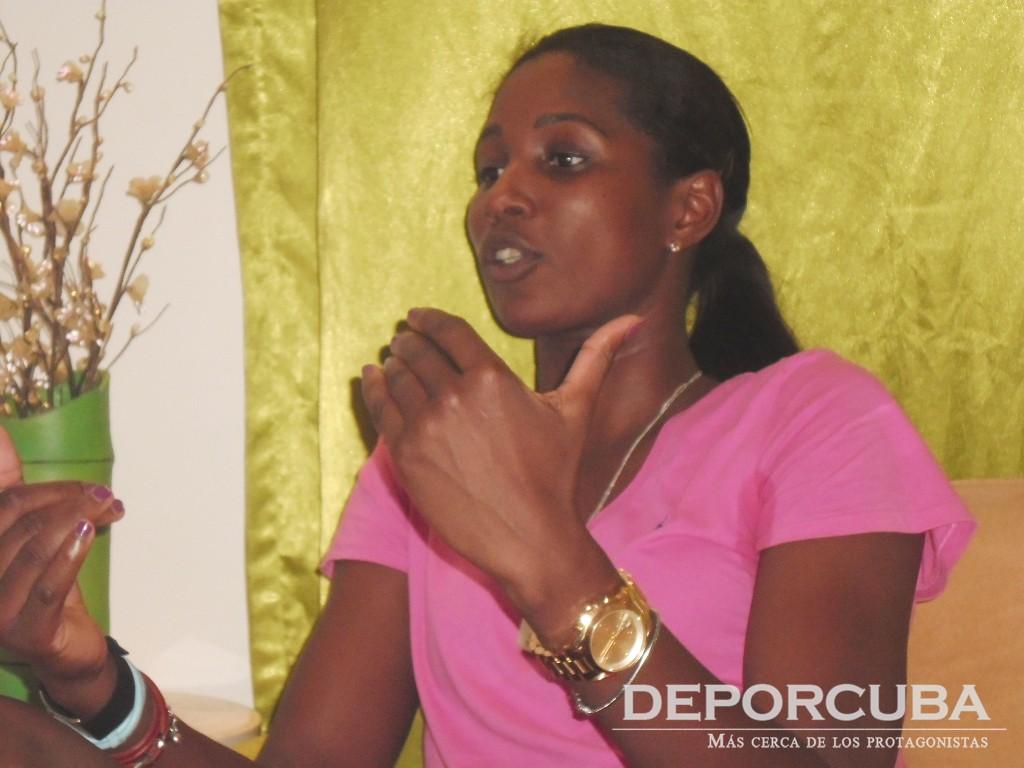 Entrevista_Kenia Carcases_by Deporcuba (4)