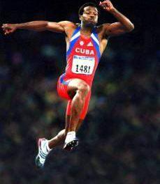 El atleta cubano: Salto triple