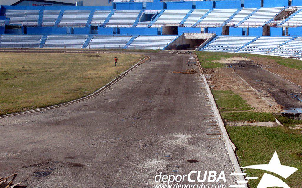 Estadio Panamericano: Sin pista, pero sin pausa