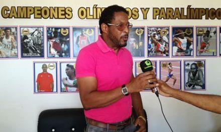 Sotomayor y Colón promueven en Cuba campaña de la IAAF