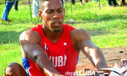 Mena quiebra el récord de Simón en los 100m