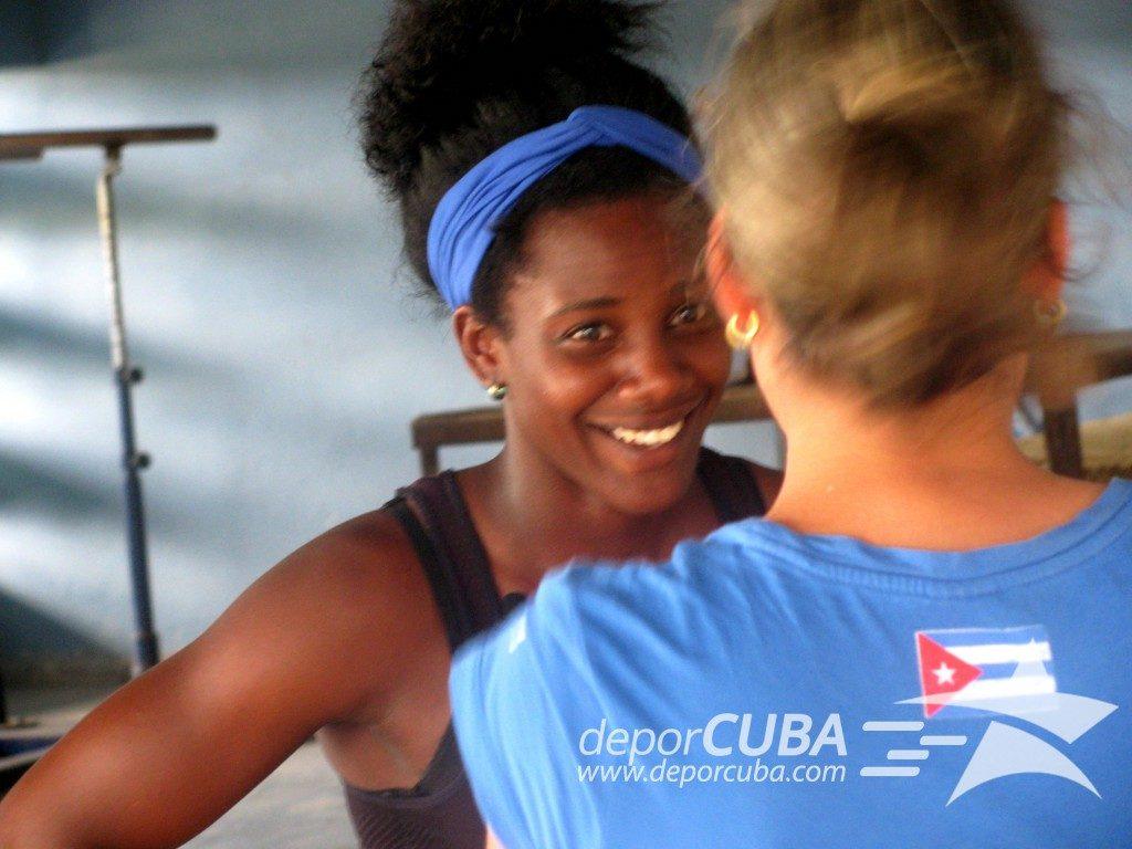 Rosaidi Robles en un momento de la entrevista realizada en el Estadio Panamericano de La Habana