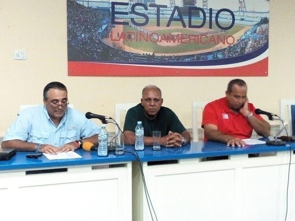 Conferencia de prensa en el Estadio Latinoamericano para dar a conocer el equipo Cuba a Lima 2019/ Foto: Trabajadores