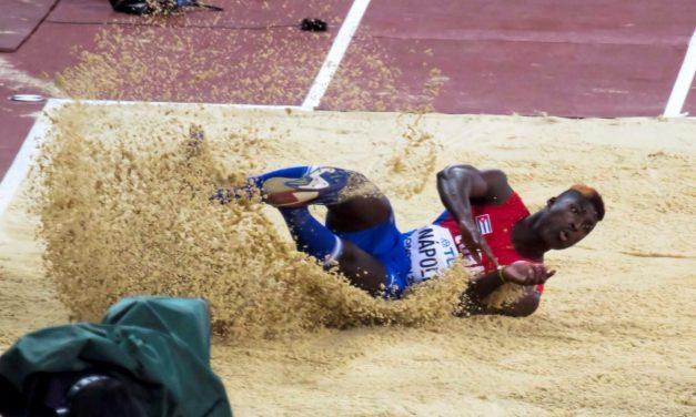 Nápoles quinto en final del triple salto