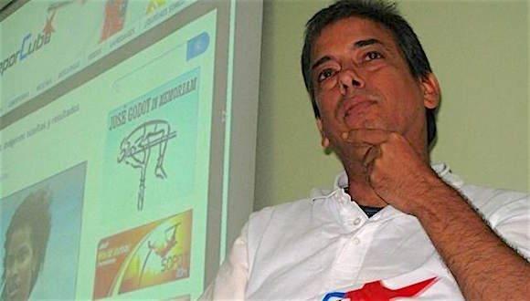Renier González: He pensado varias veces en dejar la narración.