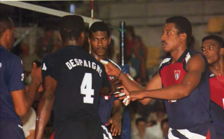 Joel Despaigne a la izquierda y Abel Sarmientoa a la derecha.