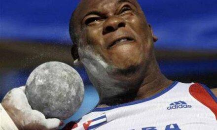 El atleta cubano: Impulsión de la bala
